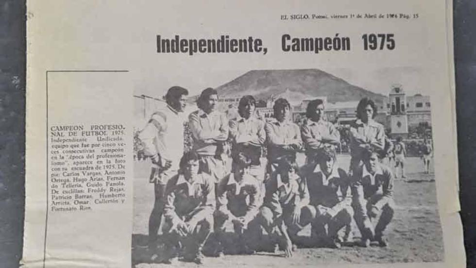 El equipo que se coronó campeón potosino en 1975.