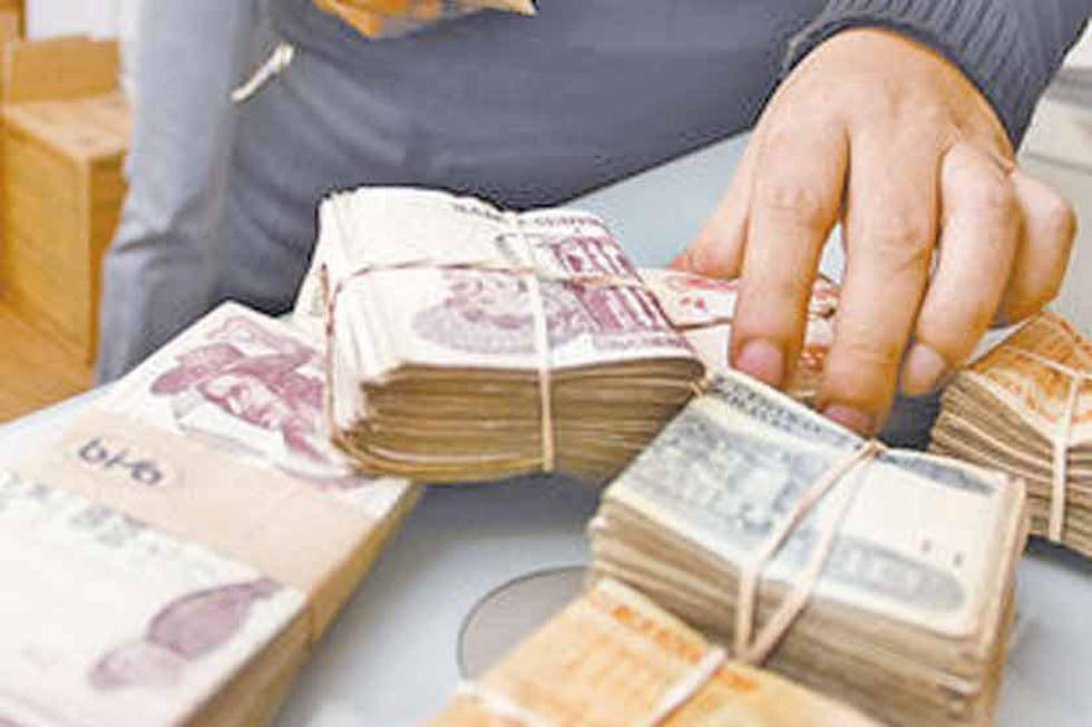 Empresarios rechazan  pedido de incremento salarial de la COB