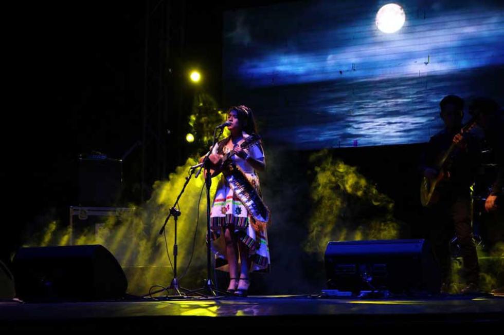 Mayra Mamani durante su presentación.