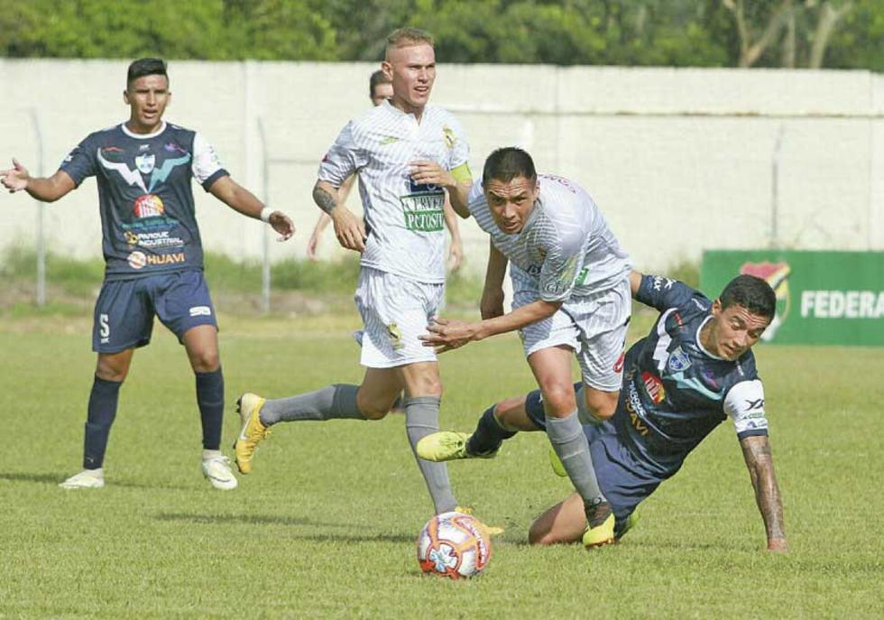 El partido de la décima séptima fecha se jugó en el Samuel Vaca Jiménez.