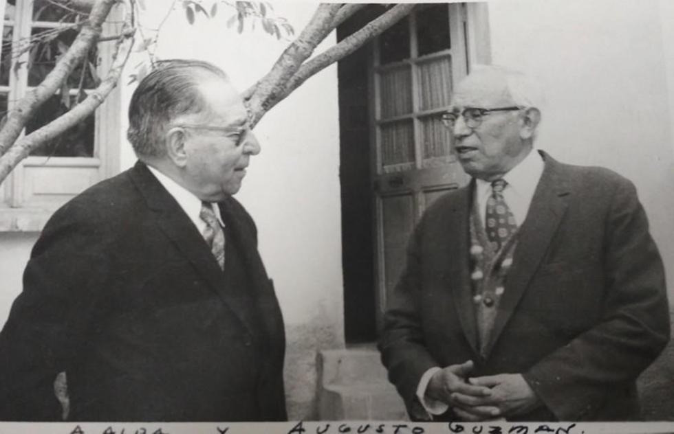 Junto a Augusto Guzmán.