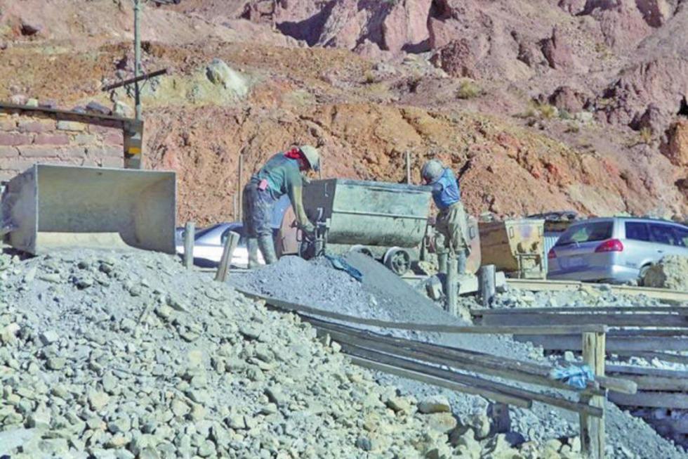 Habilitarán áreas de la parte inferior del Cerro Rico de Potosí