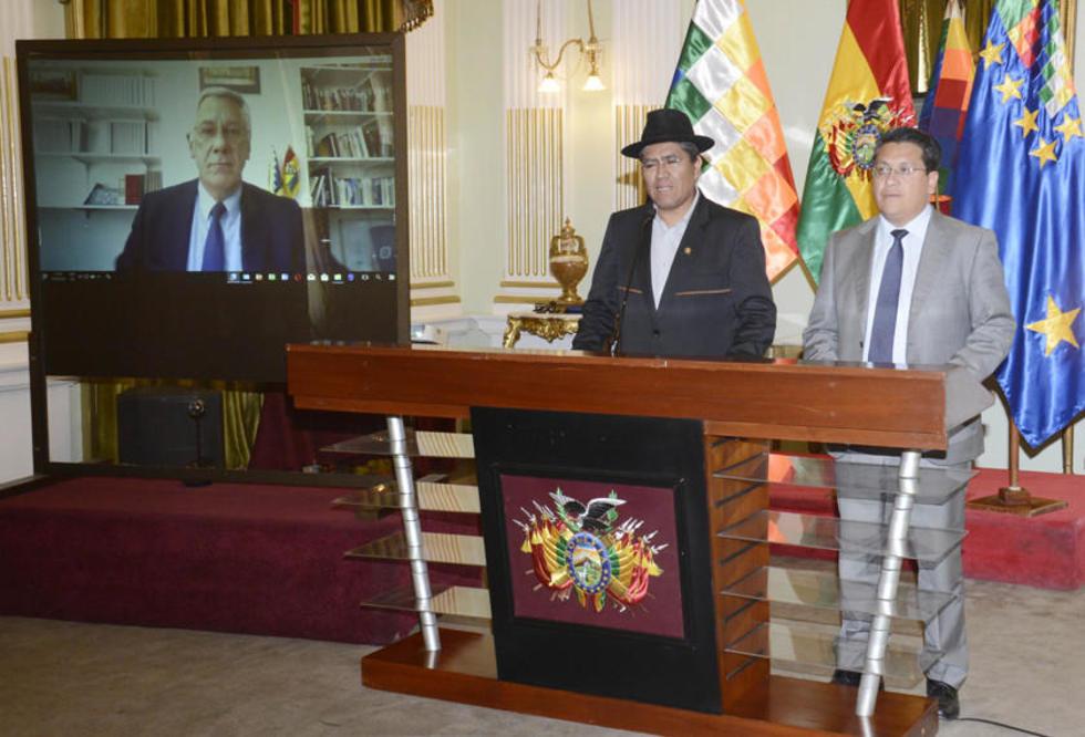 El agente del país, Eduardo Rodríguez Veltzé, informó en vídeoconferencia la presentación del documento.