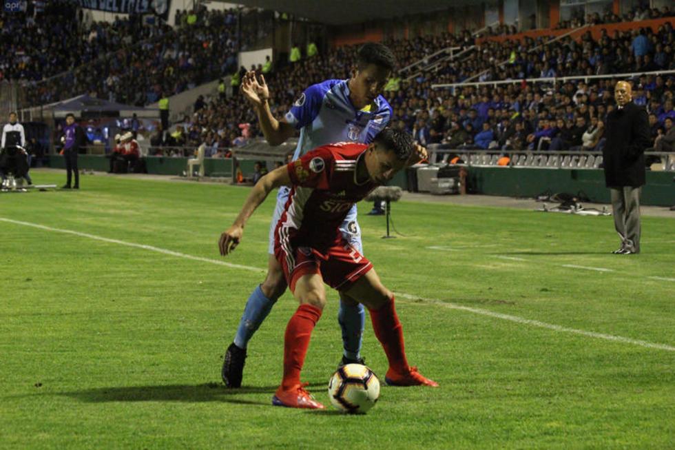 Royal Pari pierde 3-2 con Macará pero pasa a la fase de octavos