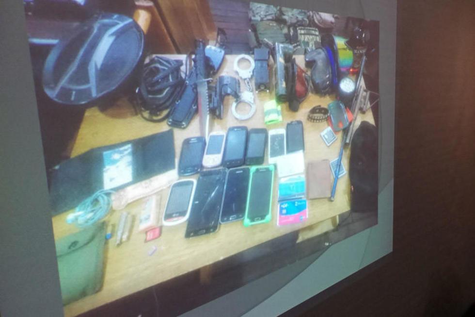 En operativo policial hallan un arsenal en casa de un estudiante