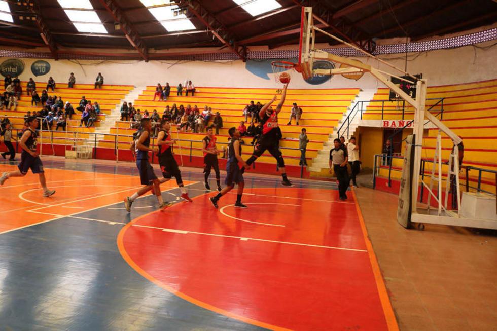 Nacional Potosí es el número uno del básquetbol potosino