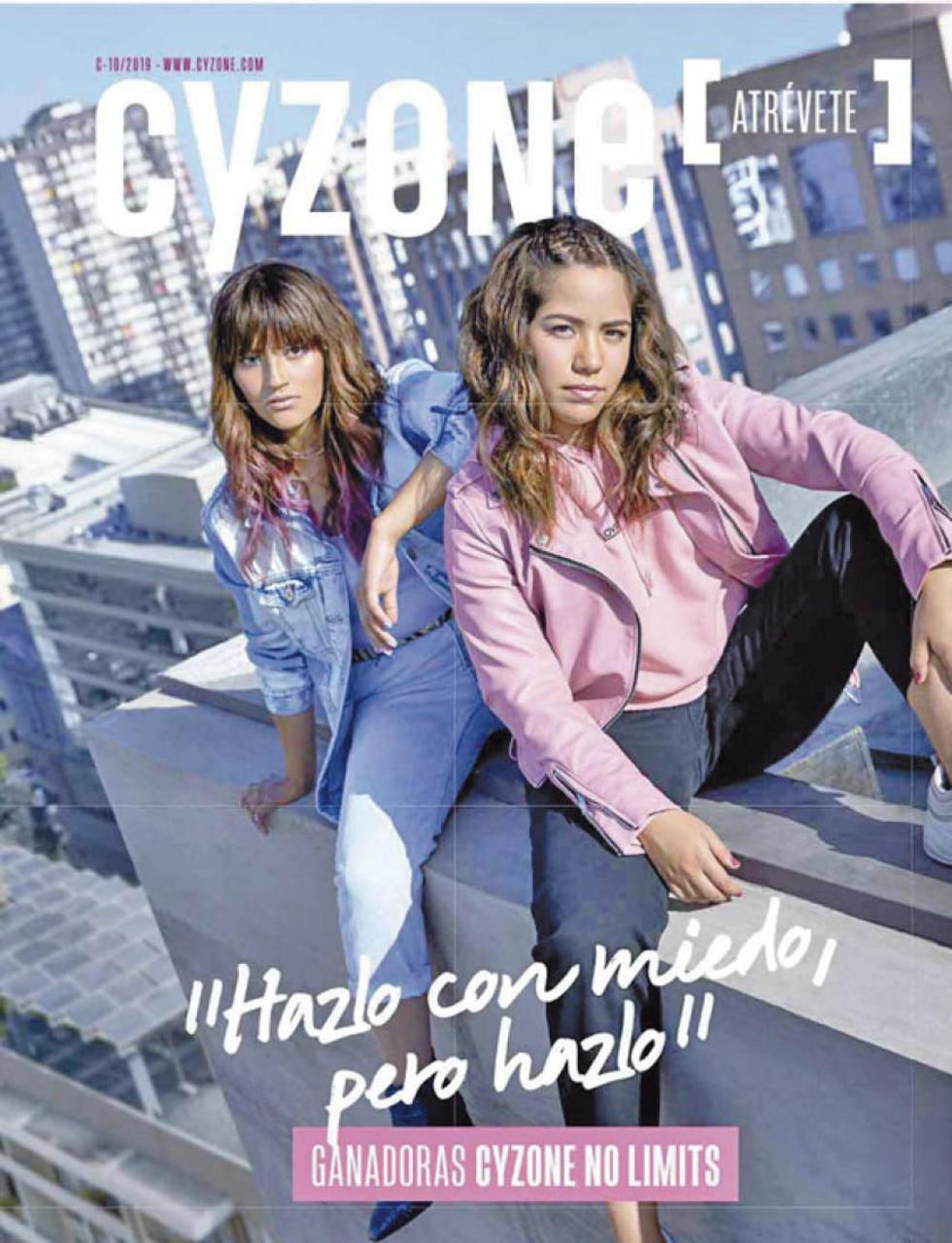 En la tapa de la revista, con la mexicana Nancy Hurtado.