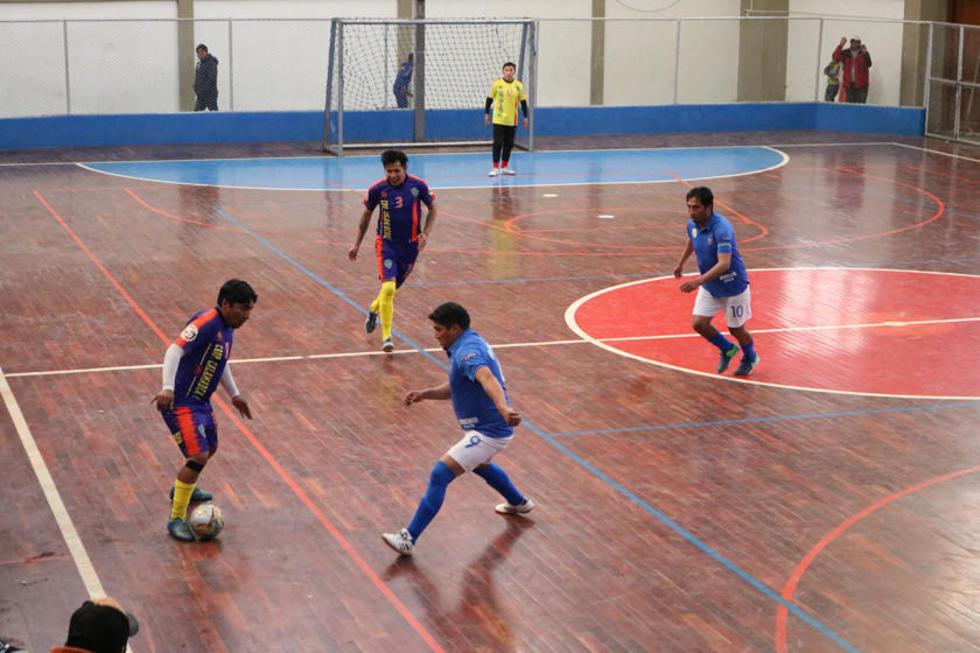 Cuatro equipos buscan su pase a la final en el torneo nacional de cooperativas