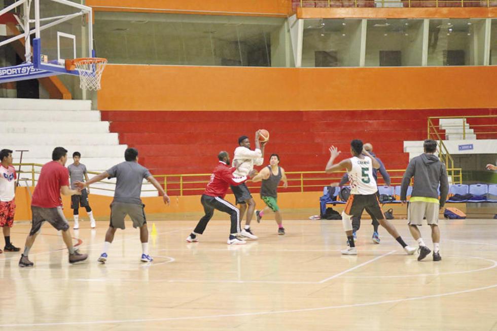 El equipo de la Vieja Casona durante su entrenamiento.