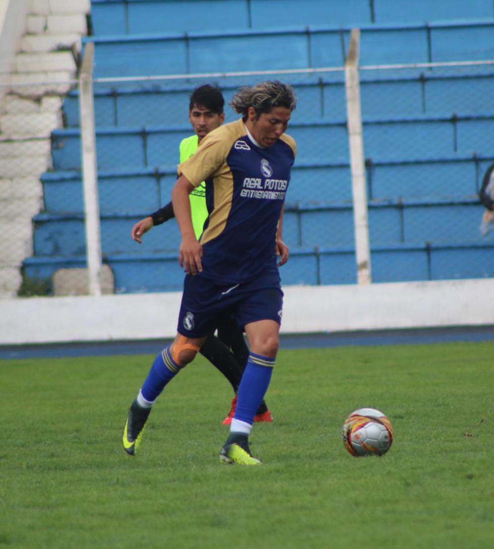 Hoy se conocerá si el jugador Fernando Adrián se sumará al equipo potosino o no.