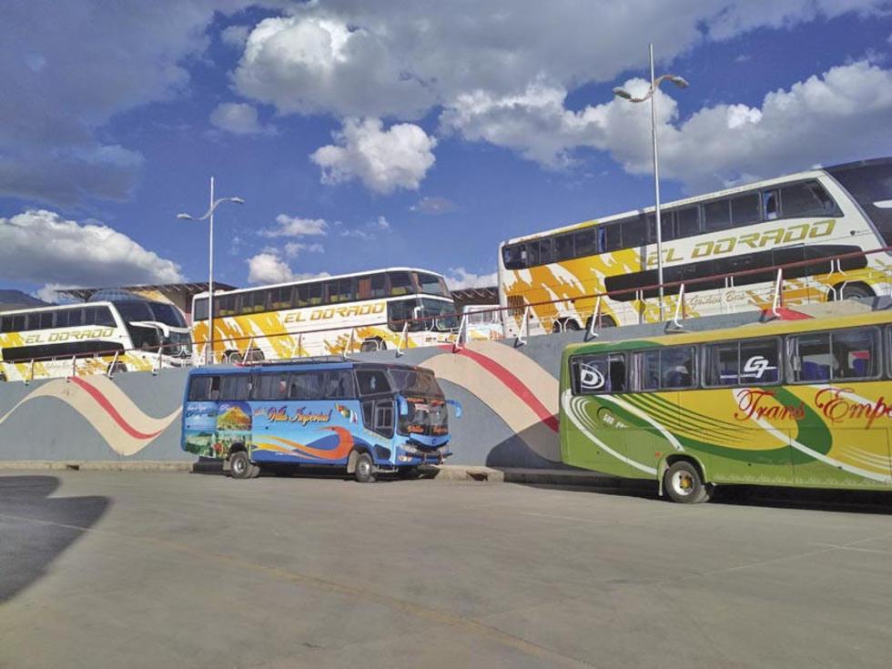 Las flotas tuvieron que incrementar el número de buses por la demanda.