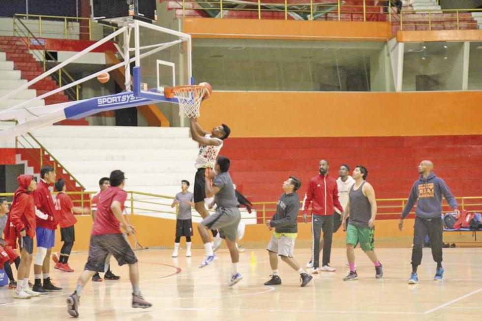 El equipo de la Vieja Casona es líder del grupo A con 12 puntos.