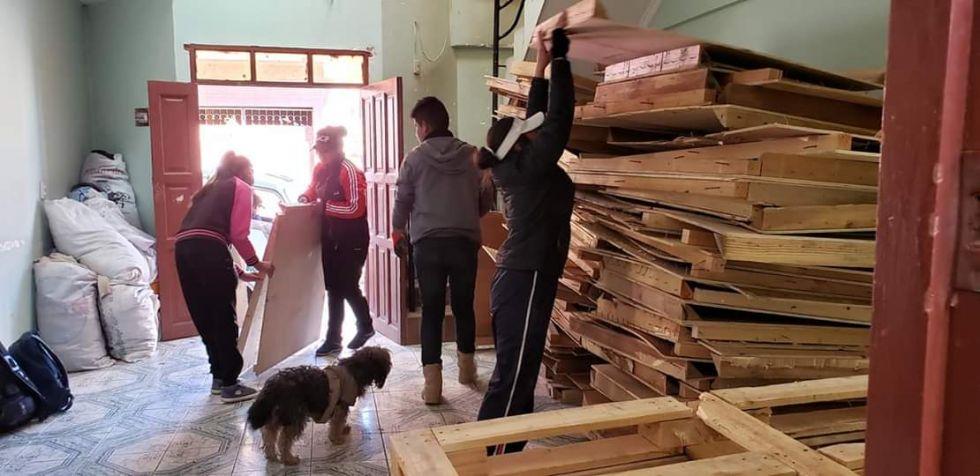 El Grupo de Apoyo Civil a la Policía construirá 50 casas para los animalitos callejeros