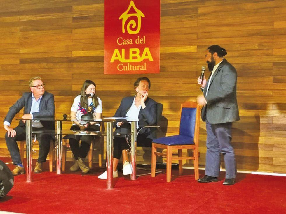 Expertos destacan la autenticidad de los atractivos turísticos de Bolivia