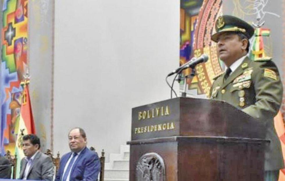 Policía ordena la baja de más de 30 efectivos