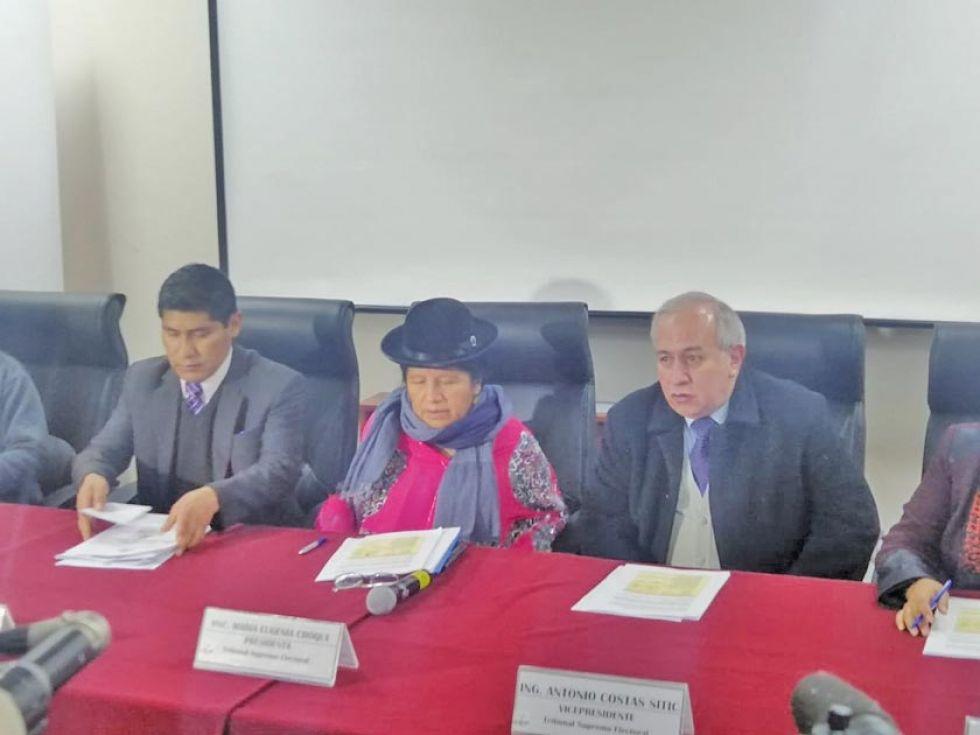 TSE retrocede en intento de eliminar paridad en las listas de candidatos