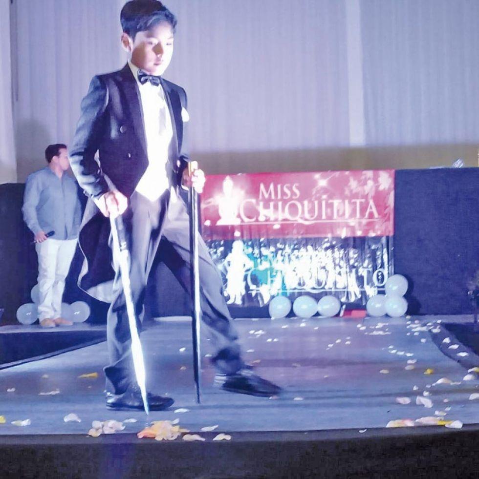 Niño potosino logra título de  Mister Chiquitito Bolivia 2019
