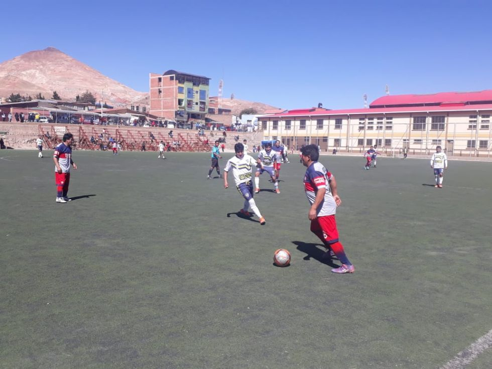 Mariscal Santa Cruz Icap, Felipe Hartmann, San Clemente y San Roque pasan a la semifinal