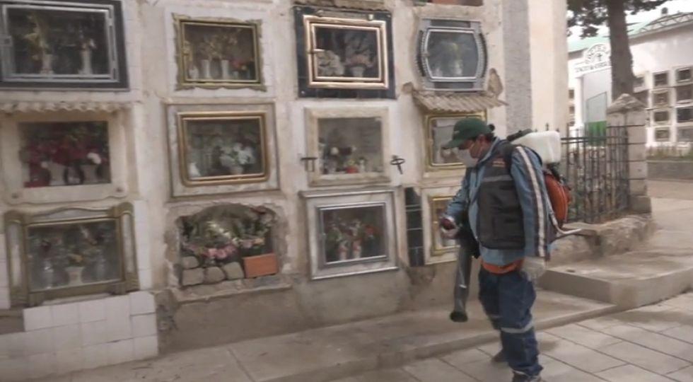 Alcaldía extendió limpieza hasta el cementerio general