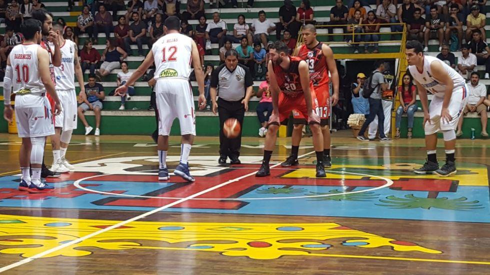 Nacional Potosí gana a la U de Santa Cruz  y lidera el grupo B