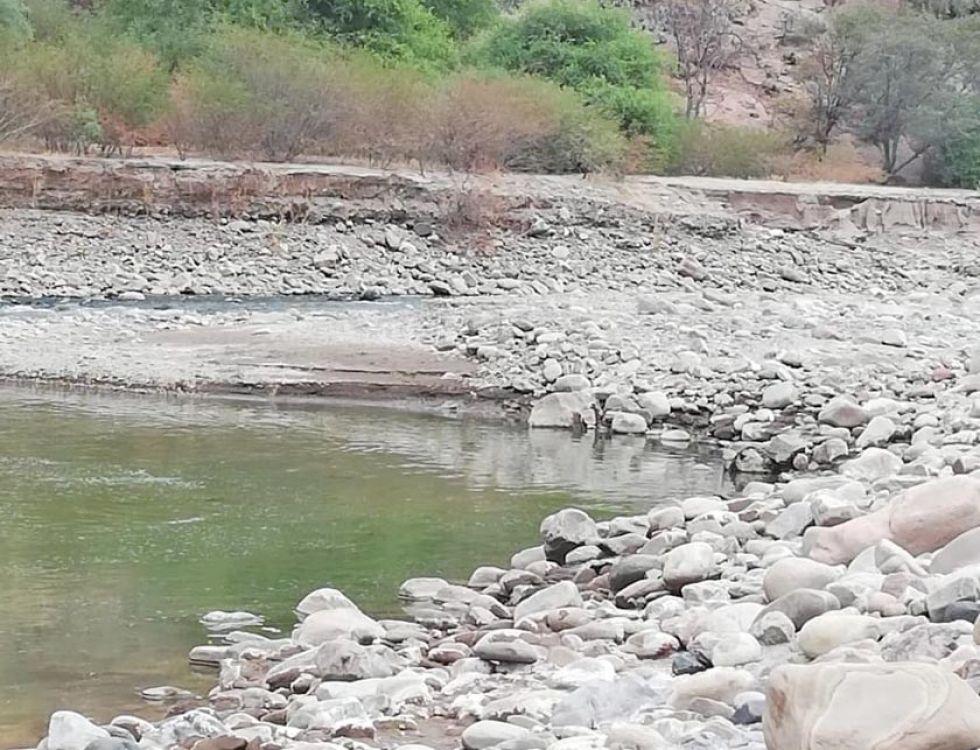 Hallan cadáver de hombre a orillas de un río en Toro Toro