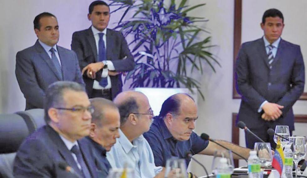 El oficialismo y la oposición de Venezuela avanzan en diálogo