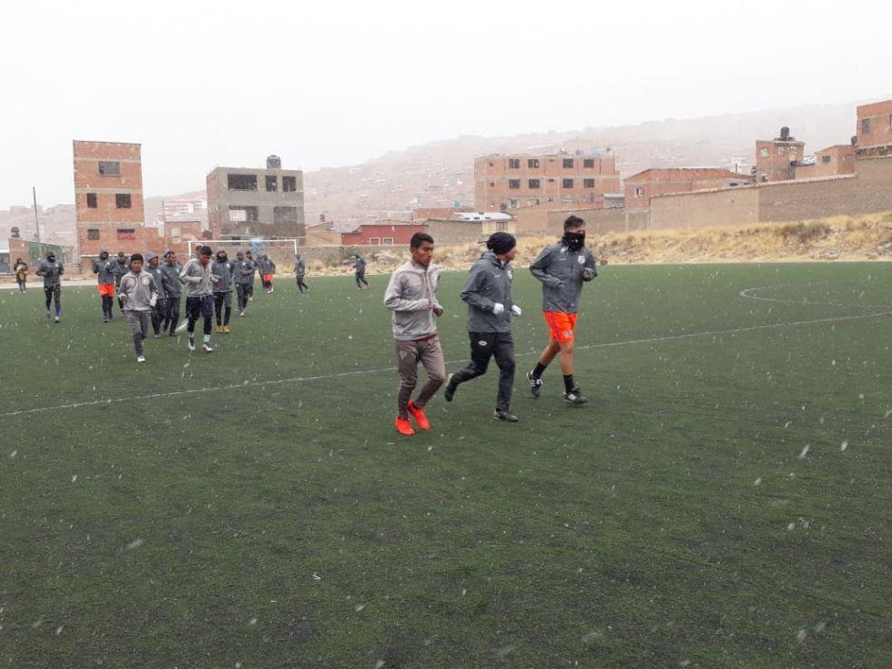 Su siguiente partido es mañana en Oruro.