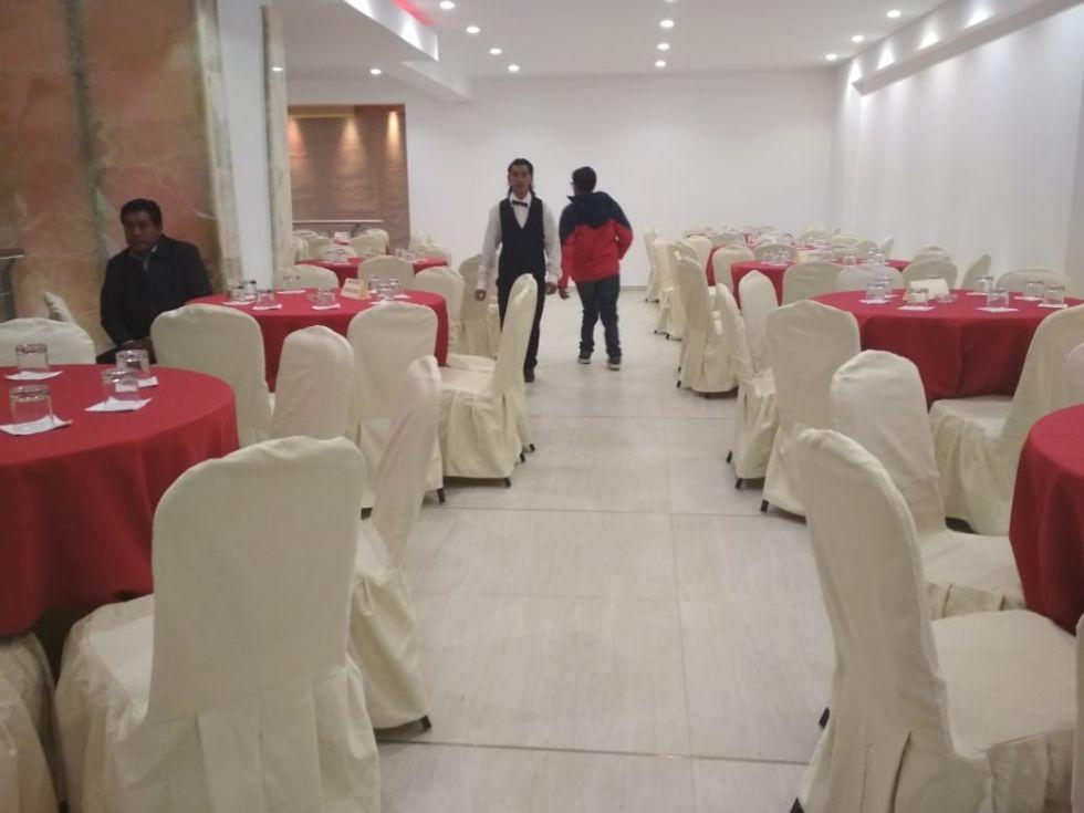 Asi está el salón Gold Silver, escenario de la elección