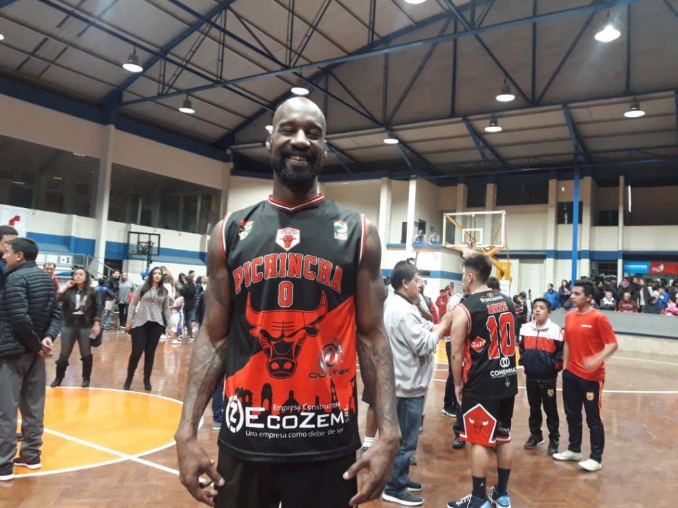 Uno de los jugadores que anotó varios puntos.AEX CNP