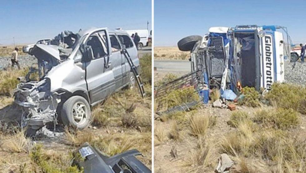 Así quedó el minibús tras el accidente de tránsito en la carretera Panamericana.