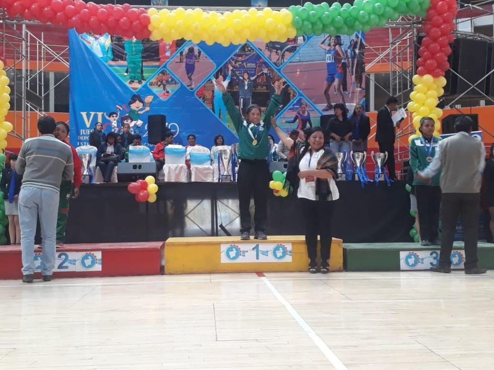 La premiación contó con la presencia de las delegaciones.