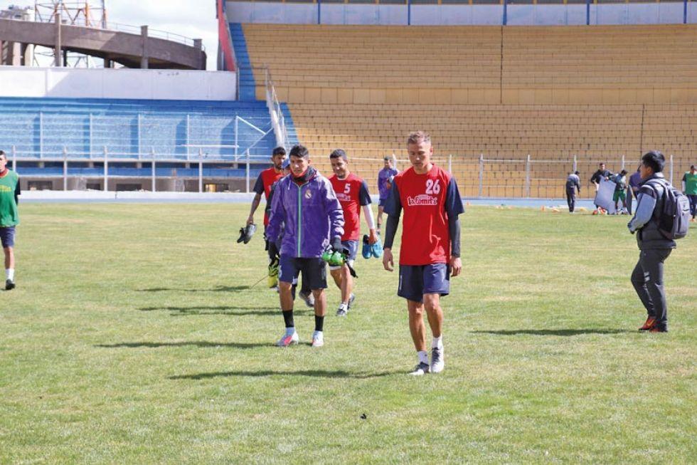 Suárez contará con Gómez para el partido de hoy
