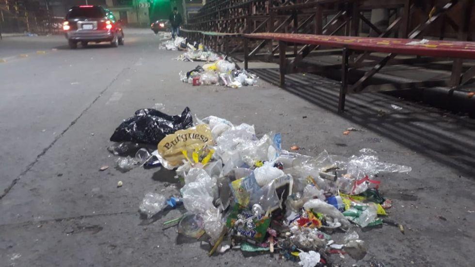 Recojo de basura.