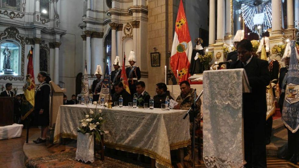 El acto se realizó a los pies del Cristo de la Vera Cruz.