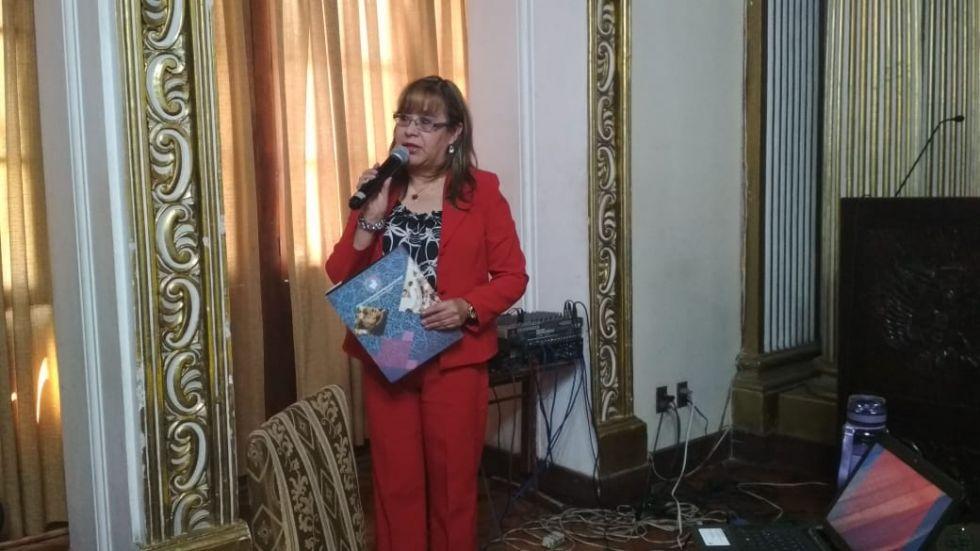 Rocío Calderón empieza a exponer.
