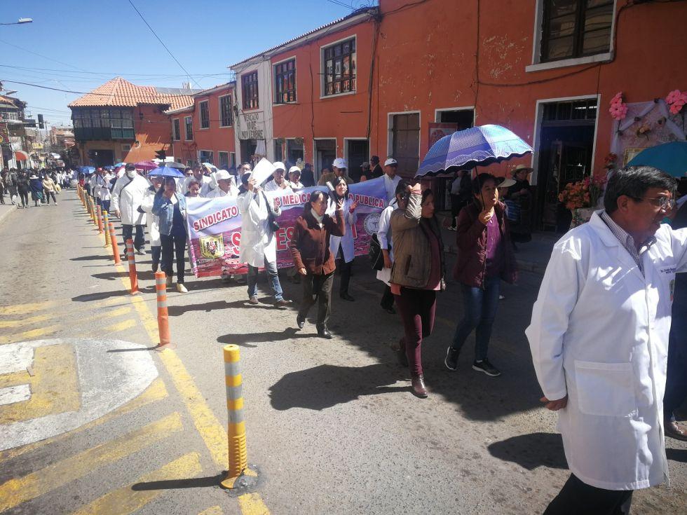 Se movilizan por el centro de la ciudad.