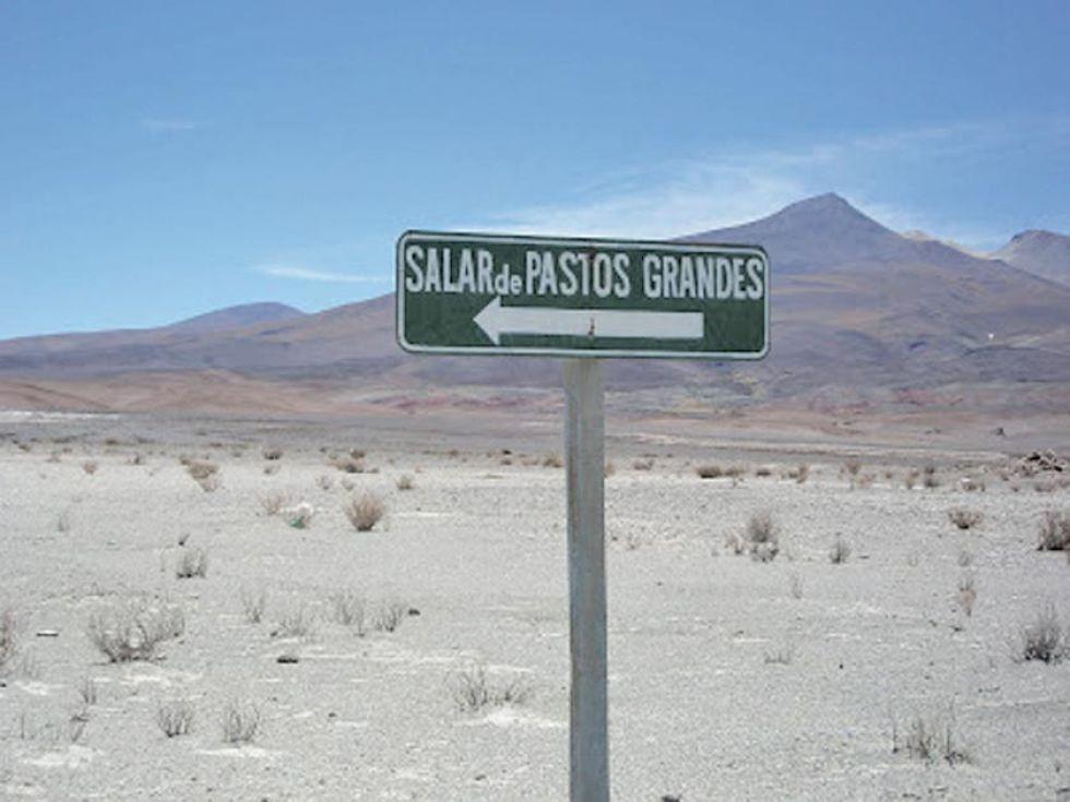 Potosí y Oruro piden ser los socios por el litio boliviano