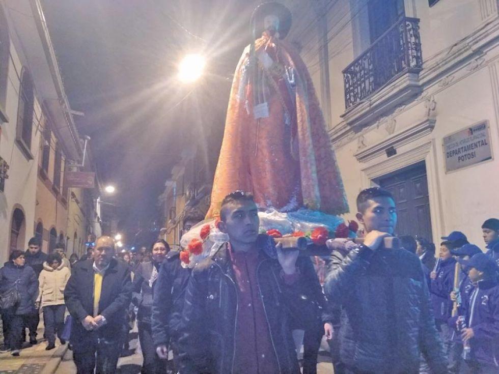 San Bartolomé volvió a recorrer las calles.