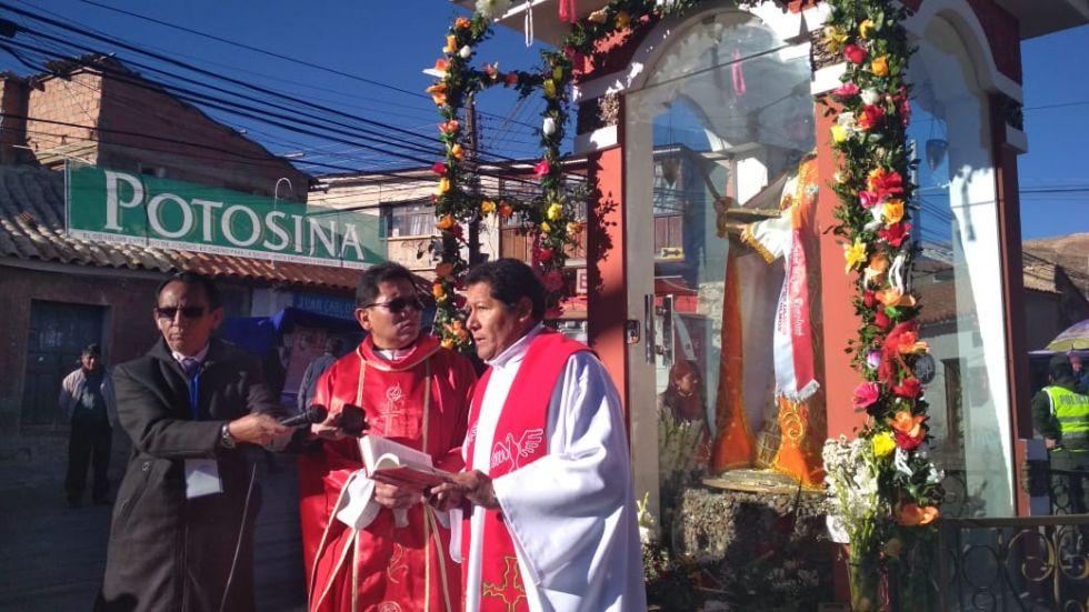 La misa se realiza en el Arco de Mejillones