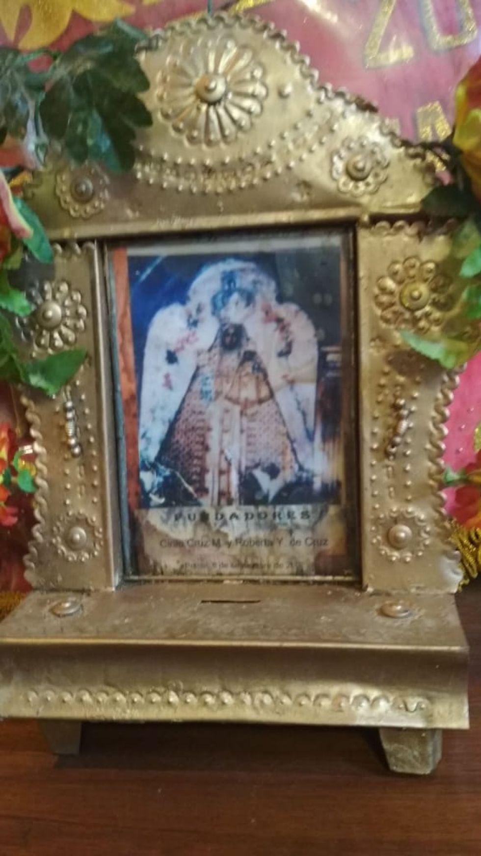 Se apresta a salir la procesión de la Virgen de Guadalupe