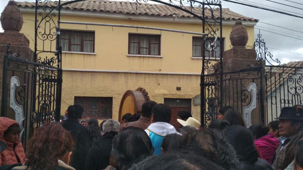 Sale la procesión del templo de San Martín