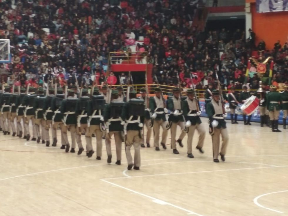 Desfile militar en el entretiempo