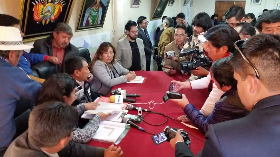 El sorteo fue público con la presencia de medios de comunicación.