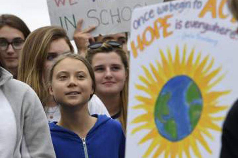 Jóvenes exigen acciones contra  el cambio climático en la ONU