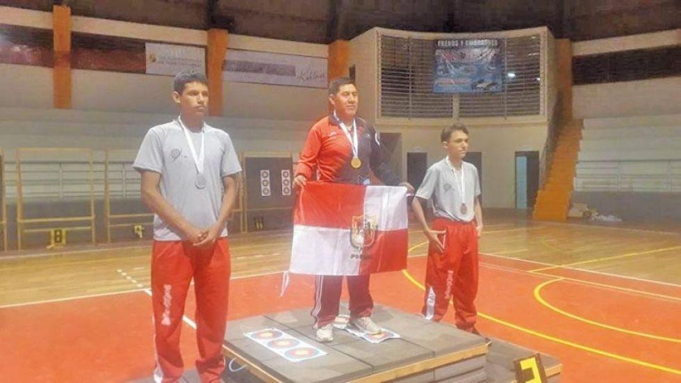 Juan Nino Cano logró la medalla dorada.