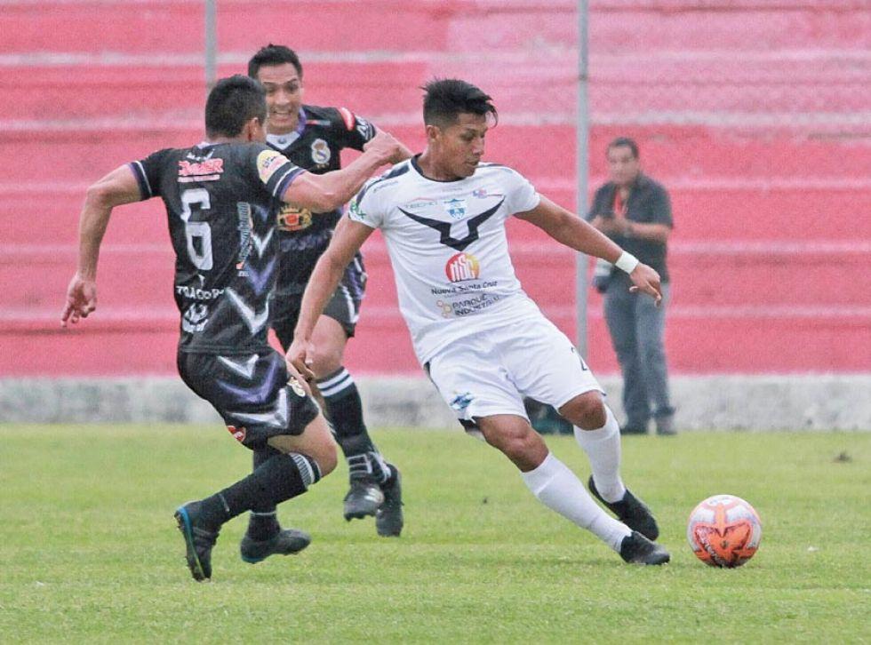 """El partido se jugó en el estadio """"Gilberto Parada"""", de Montero."""
