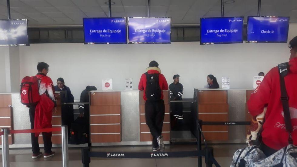 En el aeropuerto de El Alto.