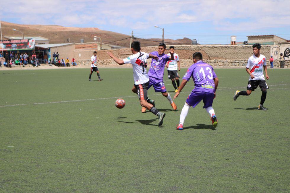 El partido se jugó en la cancha de los altos de San Juan.