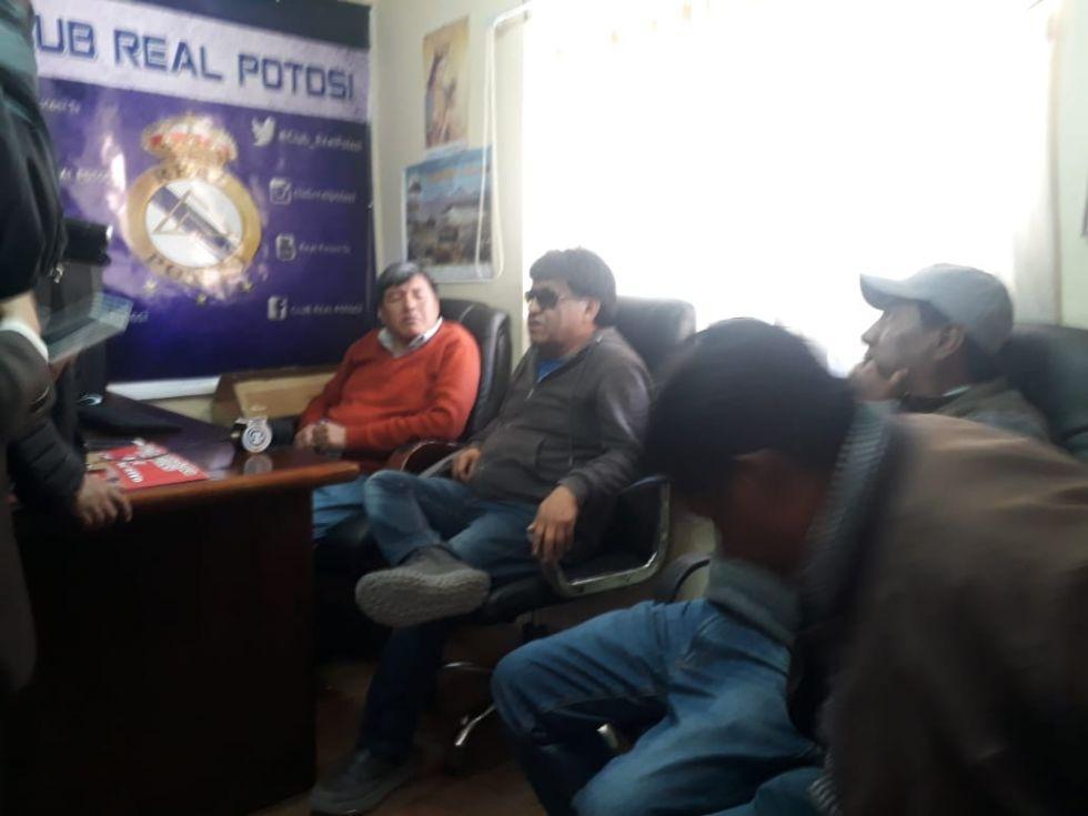 La dirigencia de Real Potosí.