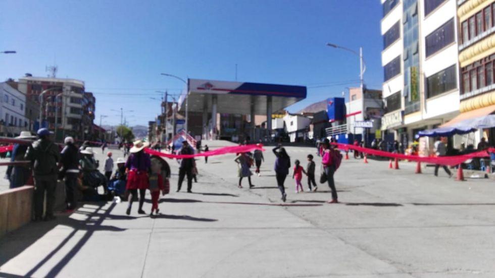Los bloqueos anularon el tráfico en el centro citadino.
